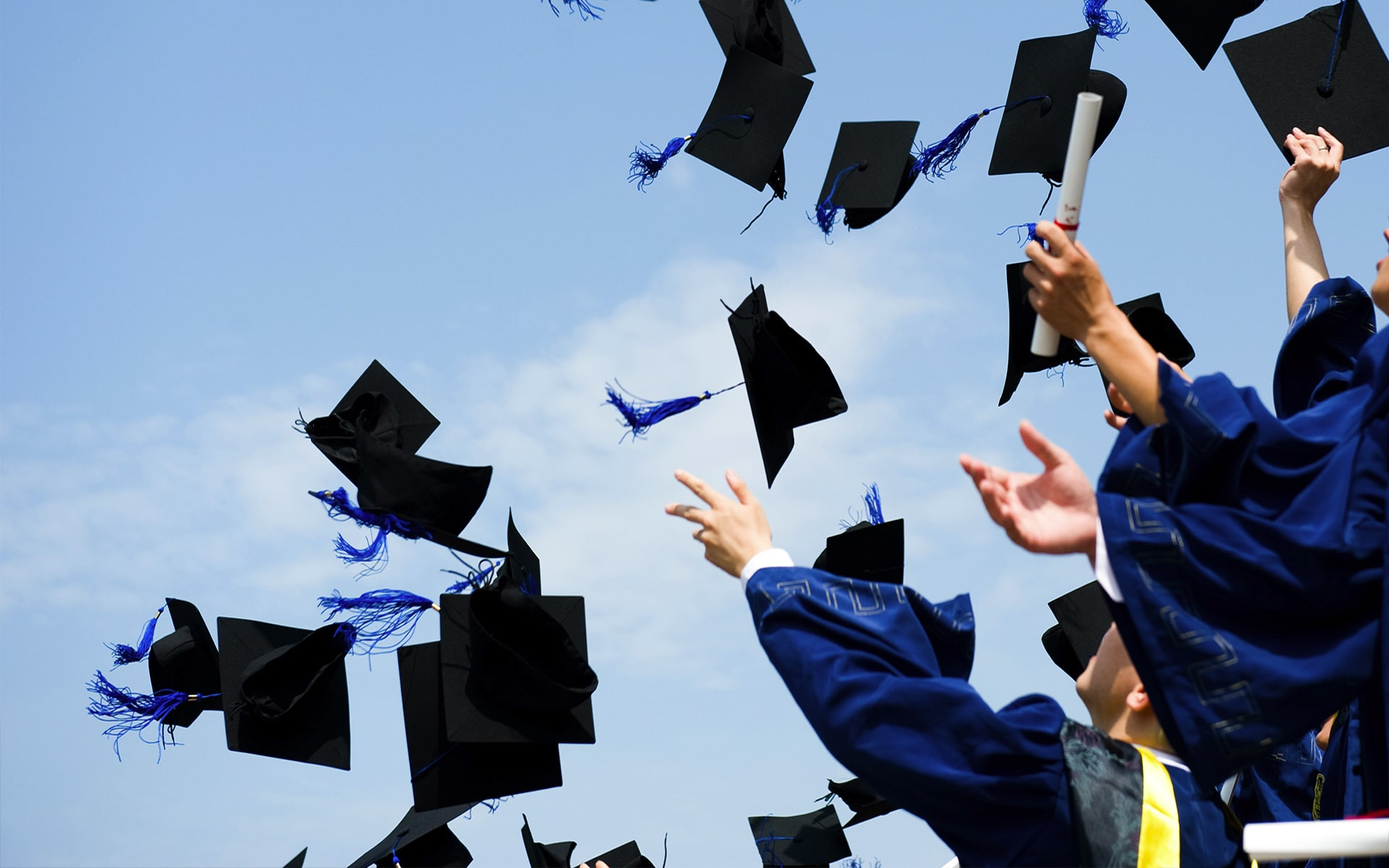 University Scholarship:  6 Great Ways to Win One!